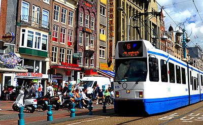 Автобус трамвай или аренда авто